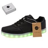 LED Light Up Chaussures Sneaker Mode pour Hommes Femmes Enfant Enfant Garçon Slip-on avec 11 Modes de couleur drop drop drop