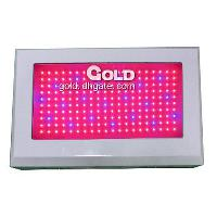 Professional 200W LED Vegetation Grow Light with Great Perfo...