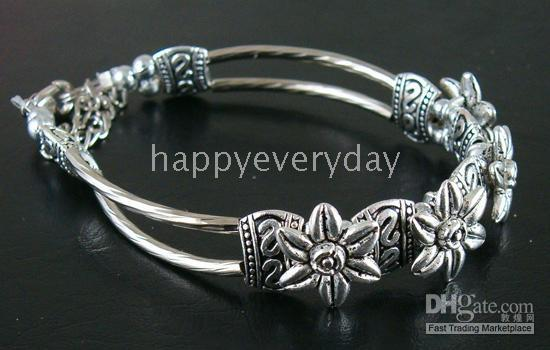 Wholesale Halloween individuation nice flower Tibetan silver bracelet by HK Post