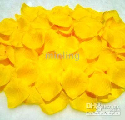 Wholesale Yellow Rose Petals Wedding Decoration Artificial Rose Petals Wedding Favors