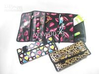 Wholesale HOT cosmetic bag famous brand small portable black makeup bags