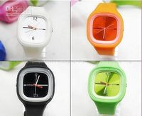Wholesale Jelly Candy Colored Silicone Unisex Electronic Watch Water Resist Mixed Color GIFT
