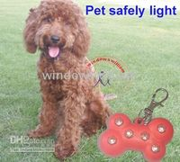 Wholesale 100pcs Pet safety light it can flash in night protect you dog dog s led blinking pet paw gift
