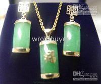 Wholesale Noble popular Set of emerald jade k chain necklace pendant earring Jewelry Sets