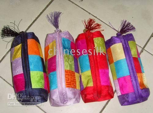 Wholesale Cheap Fashion Splice Zipper Cosmetic Bag Travel Fashion Silk Fabric Tassel Colorful Makeup Case pouches mix color