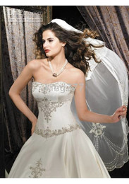Wholesale The Newest Crystal organza strapless A line zip up back chapel train Wedding Dresses gift veil