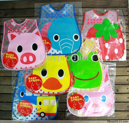 Baby cartoon bibs Infant Plastic Bibs Waterproof Baby Bibs Feeding with pocket Feeder Bib Saliva towel Waterproof