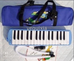 NEW 32 Key Melodica +Zippered Case great tone technic
