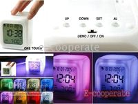 Wholesale Changing Clock seven colors good gift Glowing Led seven Colorful Clocks