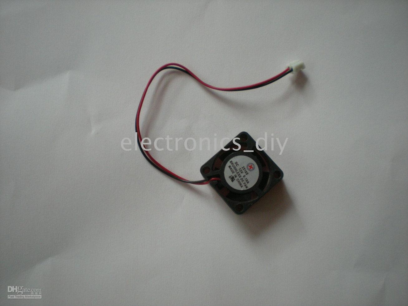 Wholesale Brushless DC V Cooling Blade Fan with Various Specification Sleeve bearing