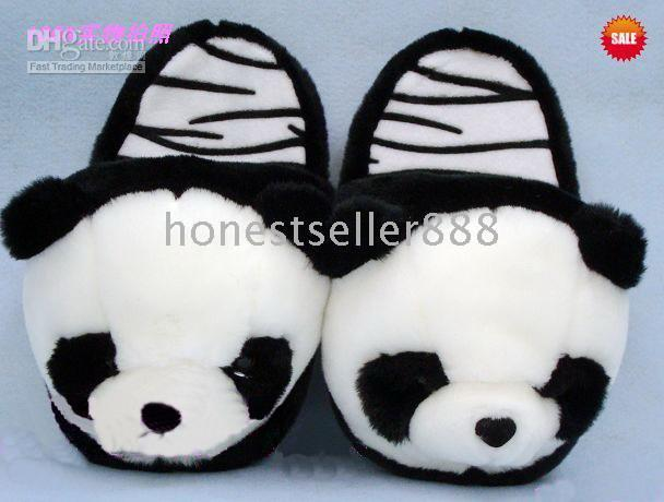 Wholesale Cute panda slippers plush slippers Women s Slippers