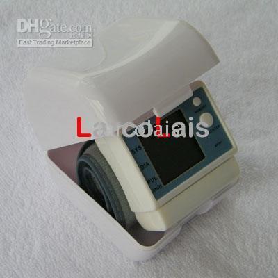 Wholesale Wrist Cuff Digital Blood Pressure Monitor SZEQ7163