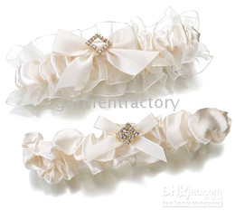 Wholesale Ivory Diamond wedding garters bridal garters wedding accessories