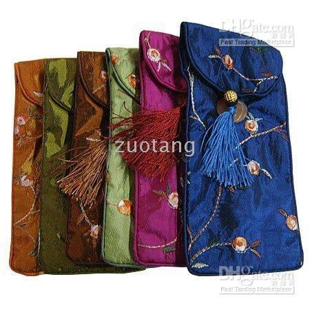 Wholesale Tassel Glasses Bags Spectacle Pouches Cheap Silk Embroidered Color Eyeglasses Bag Free