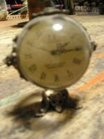 Wholesale FREESHIPPING clock vintage made of bronze glass ball machine table clock