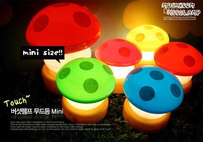Wholesale Novelty Items Colorful led Mushroom lamp mini lamp light