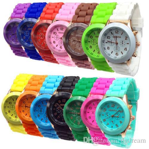 2017 Luxury Brand Geneva Watches Rubber Silicon Candy Sports Watch Quartz Fashion Mens Watches Automatic Luxury Jelly Women wristwatch