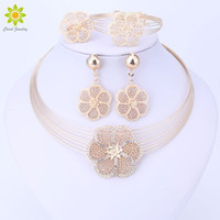 Wholesale 18k bracelet dubai online - Dubai Gold color Jewelry Sets Nigerian Wedding African Beads Crystal Necklace Earrings Bracelet Ring Flower Pendant Jewelry Set