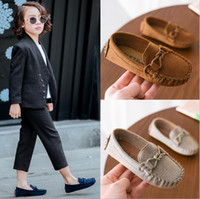 Wholesale child leather loafers online - 2019 BRAND letter Children Peas New Boy Small PU British Wind leather Child loafers Soft bottom White toddler Casual shoes black white BLUE