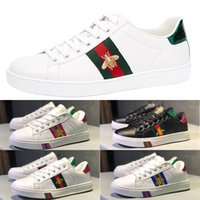 Wholesale tennis shoes brand online - New Luxury Designer Top Italy Brand Ace Bee Stripes Shoe embroidery flat casual shoes tiger bee snake shoes Women men shoes