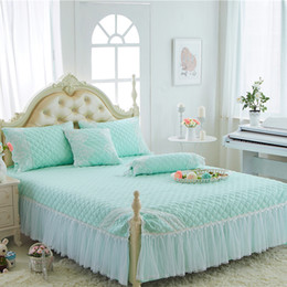 queen ice 2019 - Wholesale-Papa&Mima Stiching Thick Bedskirt Pillowcase 3pcs Sheets Set Solid Color Quilted Mattress Cover cheap queen ic