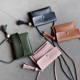 Hot Sale Women PU Mini Phone Bag Fashion Vintage Style Crossbody Bag Tassel Wooden Ball Decorated Simple Shoulder Bag 4 Classic Colors
