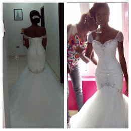 Discount beach rhinestone wedding dress - Gorgeous White Wedding Dresses Lace-up Back Beach Bridal Gowns 2016 A-Line Sweetheart Rhinestones Beaded Vintage Garden