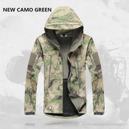 Hot Mens Jacket Lurker Shark Skin Shell Outdoor Tactical Camping Hiking Jackets Waterproof Windproof Sports Jackets Fashion Camouflage