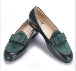 China four color Genuine Leather and Nubuck Leather stitching with Bowtie men handmade luxurious flats Men's banquet classic loafers suppliers