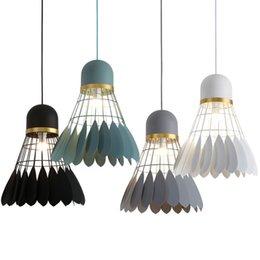 China New Nordic Feather Pendant Lamp Cafe Bar Restaurant Hanging Lighting Modern Minimalist Iron Bedroom Light Fixture,Drop Shipping supplier white feather pendant light suppliers
