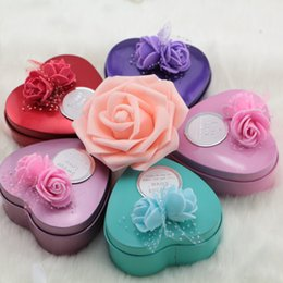 Discount flower shaped decoration rose - Korean Creative Decoration Gift Rose Flower Tin Box Heart Shape Candy Boxes for Wedding Party Favor Gifts (25 pieces lot
