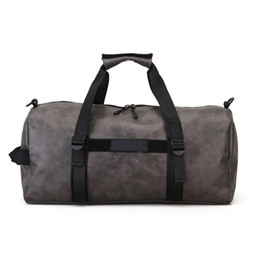 China {Original Logo} 2018 New Fashion Outdoor Travel Duffel Bags Luggage Large Capacity Men and Women Casual Sport Bag Free Shipping suppliers