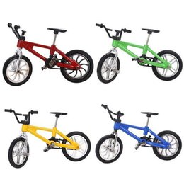 Wholesale alloys Wheels online shopping - bicycle desktop toys finger Children Wheel Toy home decor Novelty Alloy items Kids Christmas xmas Gift collection FFA1305