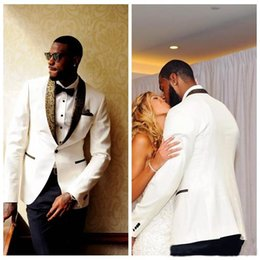 Custom tailCoat tuxedos online shopping - 2019 Top Sale Ivory Top Wedding Tuxedos Slim Fit Gold Pattern Lapel Suits For The Best Men One Button Groomsmen Suits Jacket Pants Bow