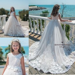Discount beach rhinestone wedding dress - 2019 Beach White Blush Illusion Cap Sleeves Lace Flower Girl Dresses With Bow Ball Gown First Communion Dresses Little G