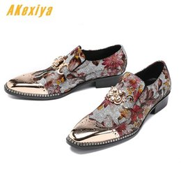 rock wedding dresses 2019 - Men luxury Designer high-quality Punk rock oxfords Brogue shoes Homecoming Male Wedding prom Formal Dress Shoes cheap ro