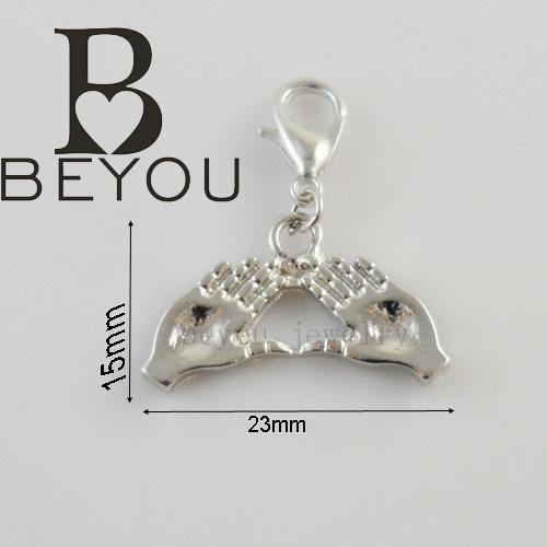 Wholesale Delta Charms - Wholesale-Free Shipping 15pcs a lot greek letter Sorority delta sigma theta palm charm pendant