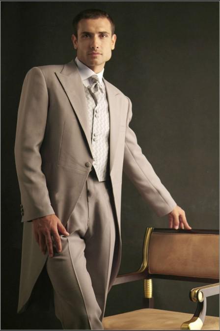 새로운 디자인 세련된 잘 생긴 남자 정장 새로운 스타일 새로운 정장 슈트 턱시도 신사 웨딩 Prom 신랑 턱시도 남성용 (자켓 + 바지 + 조끼)