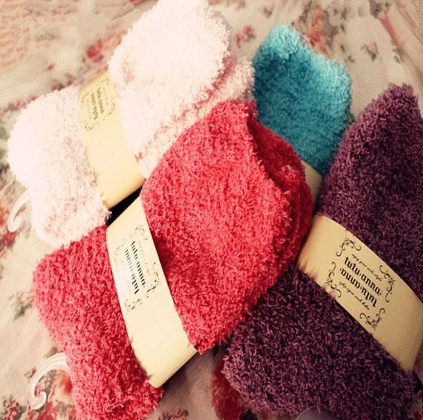 الجوارب النسائية الدافئة غامض مع لينة وسميكة للأرضيات الداخلية بألوان متعددة