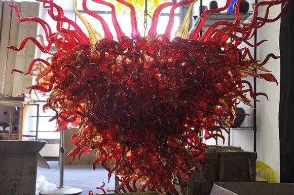 Lujoso rojo 100% bucal Borosilicato Borosilicato Lámparas de araña Murano Glass Dale Chihuly Art Fantastic Style Modern Colgante Iluminación