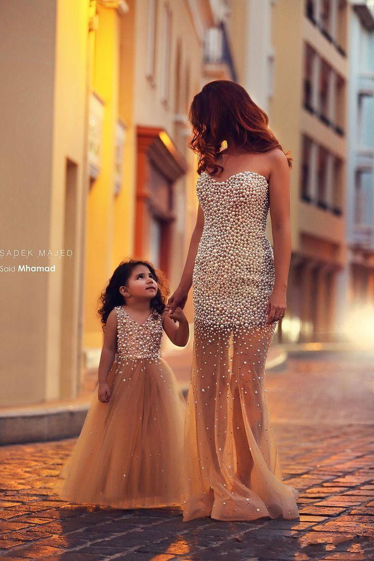 Mother and Daughter Evening Dresses Sexy Sweetheart With Pearl Beading Sheath Gold Sheer Illusion Skirt Long Cheap Arabic Party Prom Gowns