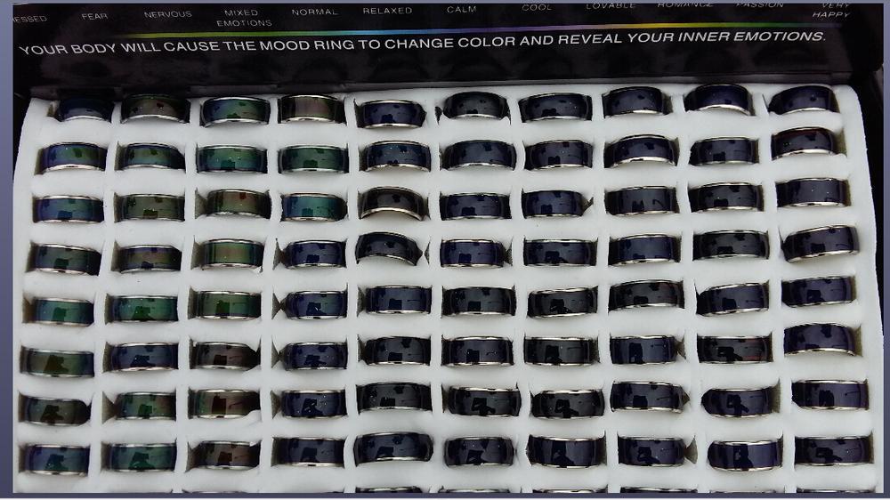 Изменение цвета цветового кольца Кольцо настроения MOOD Rings меняет цвет в соответствии с температурой вашей крови 8 мм в ширину смешать размер 100шт.