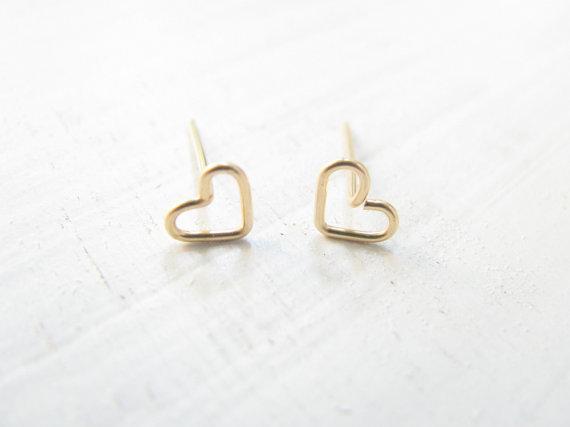 10 paia- S026 oro argento piccola linea scava fuori cuore orecchini a bottone semplice filo avvolto aperto amore cuore orecchini gioielli