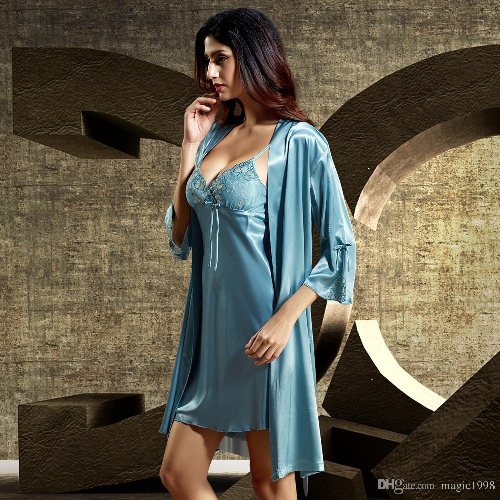2020 새로운 핫 여성 로브 세트 2024 섹시한 레이스 자수 목욕 가운 두 조각 미니 잠옷 깊은 V 넥 에뮬레이션 실크 잠옷
