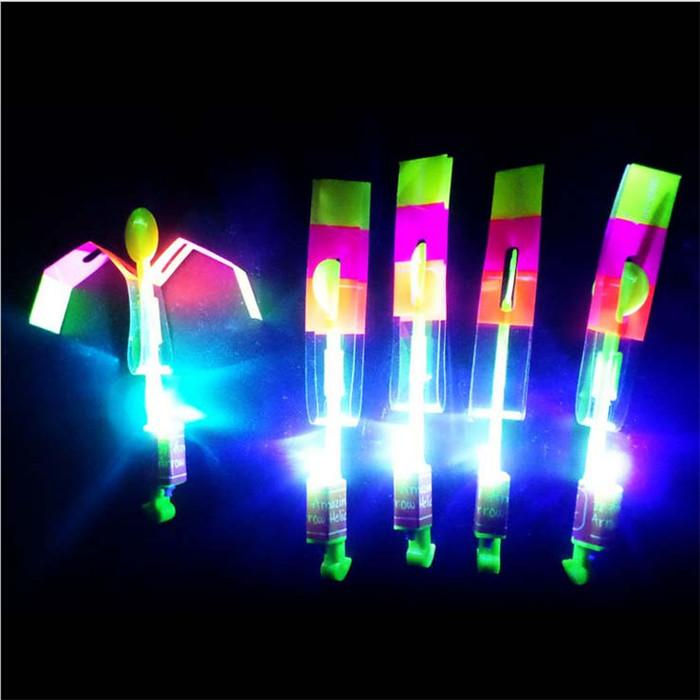 100pcs LED Flare Copter Amazing Slingshot Helicopter Light Toy Bright Spin Fly Glow Birthday Party Halloween Children'Day Christmas