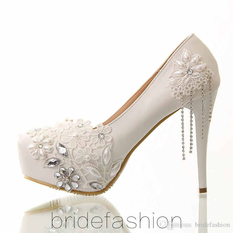 The New Red Fringed Dress Shoes Bridal