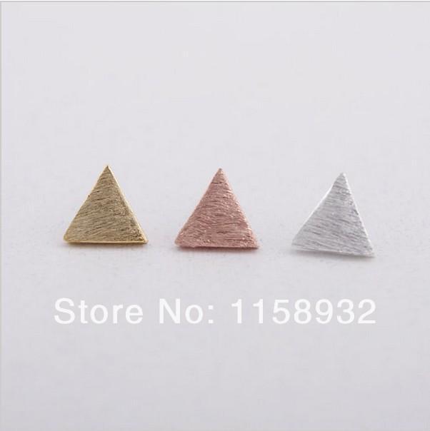 Moda 18 K Altın Gümüş Gül Altın Fırçalı Üçgen saplama Küpe Üçgen wiredrawing küpe Üç çeşit renk