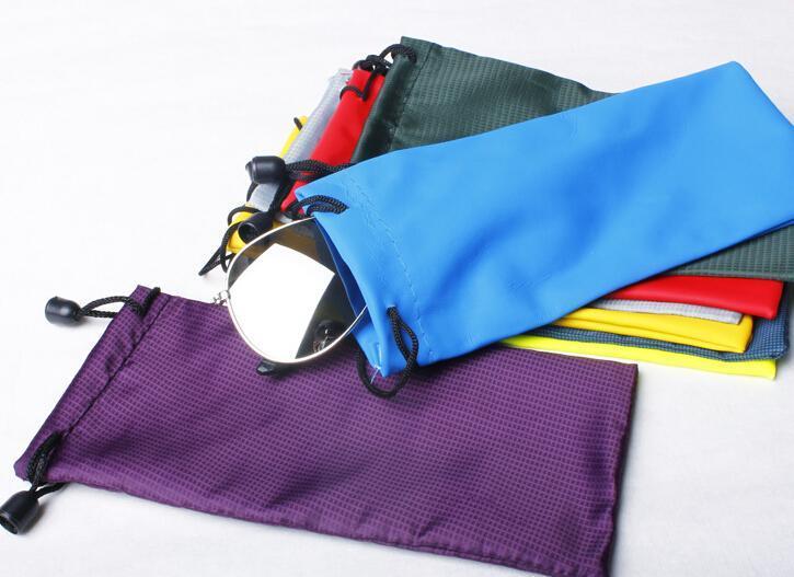 18 * 9CM ماء النظارات الشمسية الحقيبة موضة النظارات الناعمة حقيبة لنظارات شمسية حالات رخيصة ألوان كثيرة مختلطة