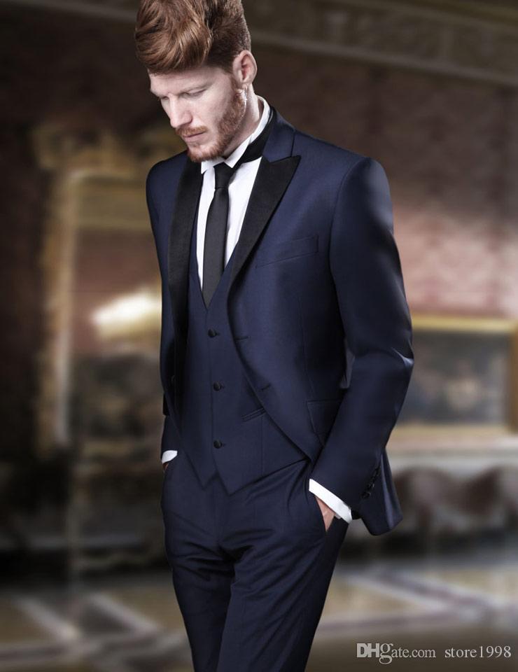 Совершенно новый Groomsmen Peak черный смокинг жениха смокинги темно-синие мужские костюмы свадьба / выпускной вечер / ужин лучший блейзер (куртка + брюки + галстук + жилет) B220
