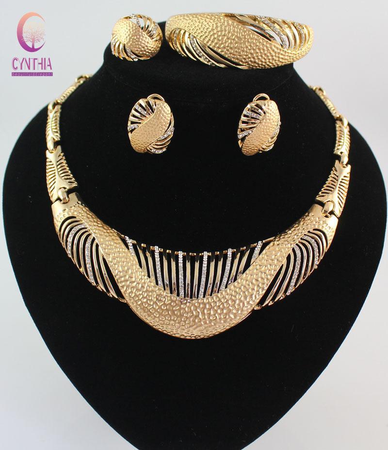 Conjuntos de joyas Collar de perlas africanas Collar Pendientes Pulsera Anillos finos para mujeres CZ Diamond Accesorios de fiesta vintage